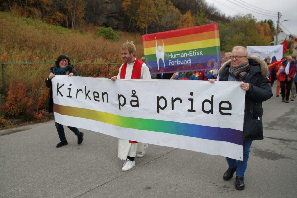 Kirken og human-etisk forbund i parade